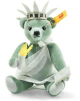 Steiff Teddybär Great Escapes New York 15 cm Mohair grün 026874